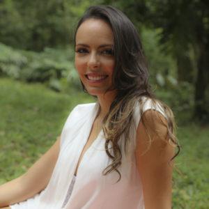 Adriane Zimerer - idealizadora do blog Tem Bebê Aqui